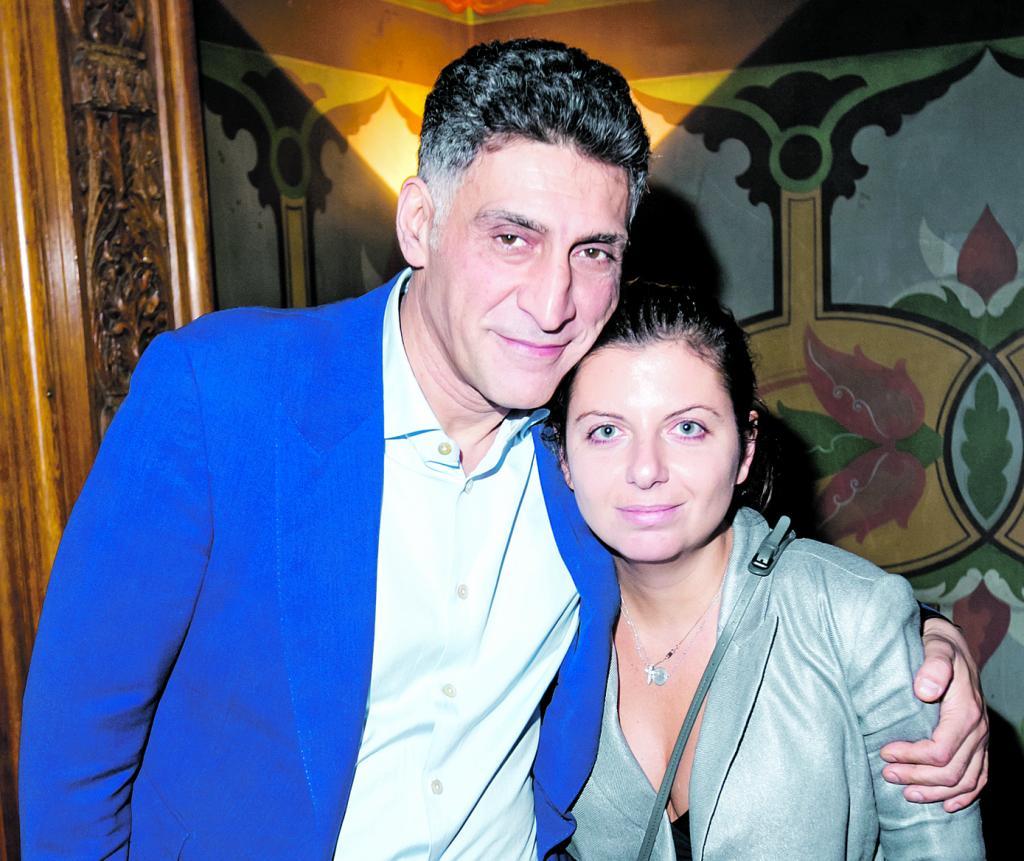Тигран со своей нынешней женой Маргаритой Симоньян