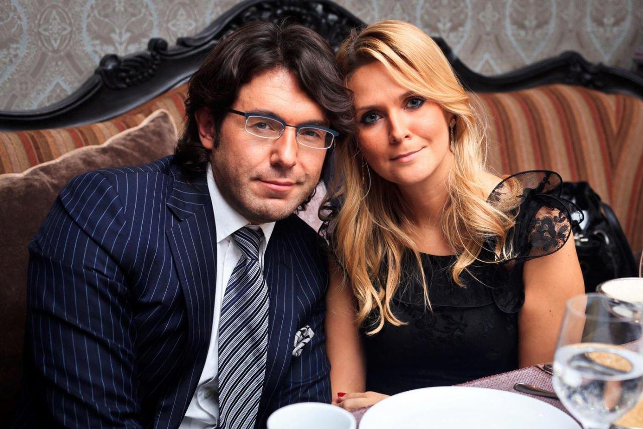 Андрей со своей женой