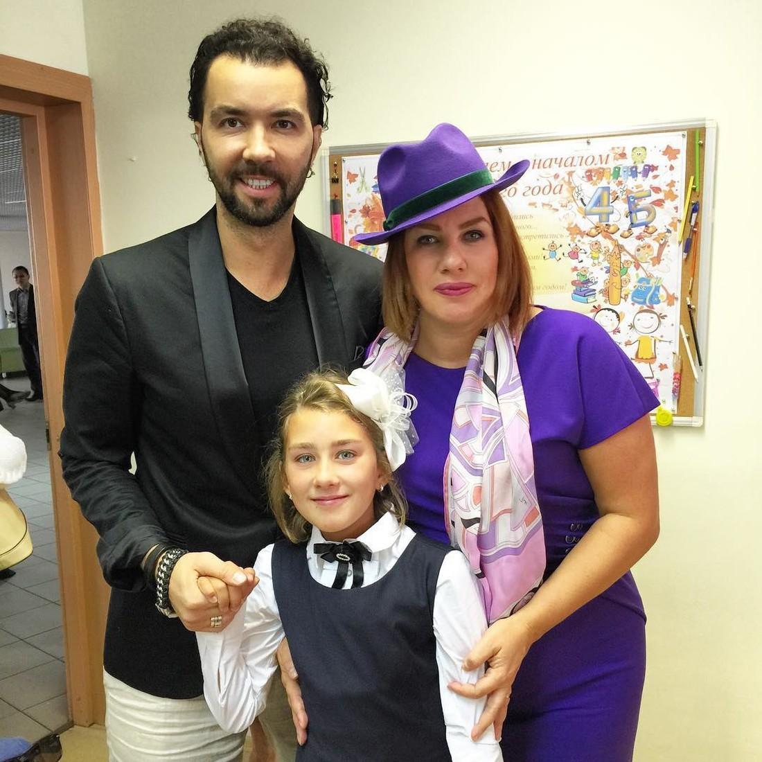 Ева, Денис Клявер и их дочь Эвелина.