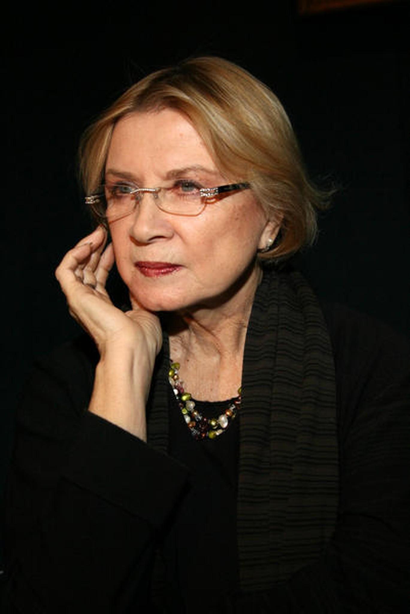 Алла Демидова актер