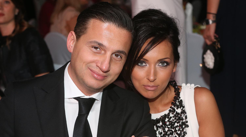 Алсу с супругом