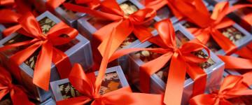 Критерии выбора и варианты идей подарков для девочки