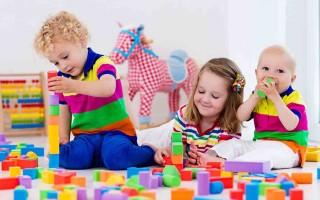 Обзор развивающих игрушек для детей от года